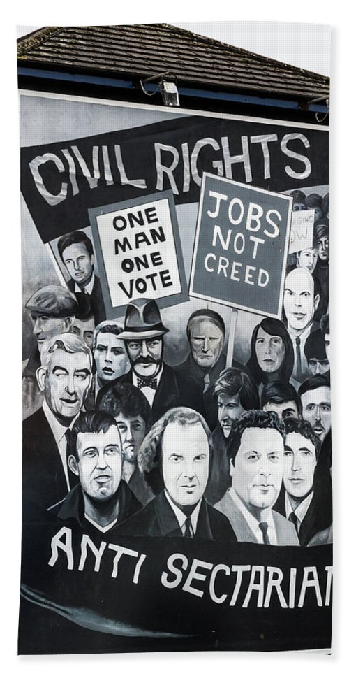 Belfast Hand Towel featuring the photograph Belfast Mural - Civil Rights - Ireland by Jon Berghoff