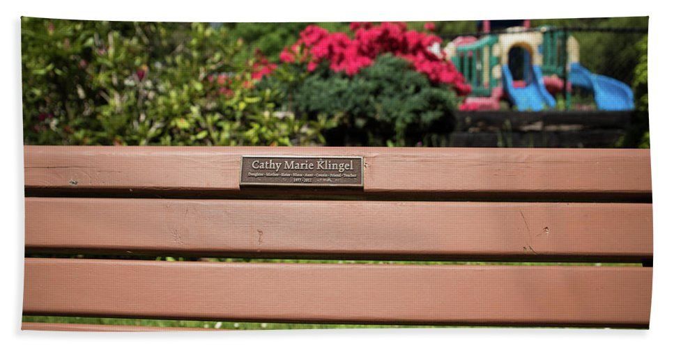 Steelhead Park Bath Sheet featuring the photograph Bench In Steelhead Park by Tom Cochran