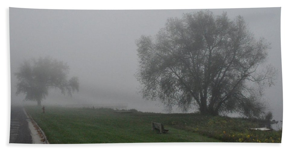 Fog Foggy Bath Sheet featuring the photograph Bench by Tim Nyberg