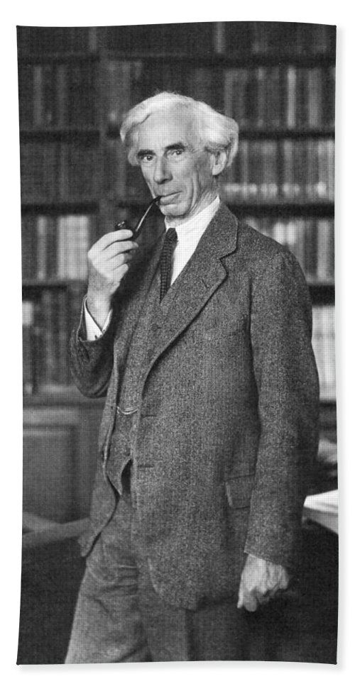 1935 Hand Towel featuring the photograph Bertrand Russell by Granger