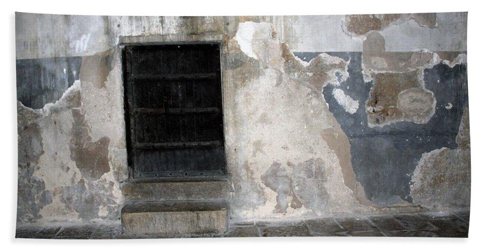Bethlehem Hand Towel featuring the photograph Bethlehem - The Black Door by Munir Alawi