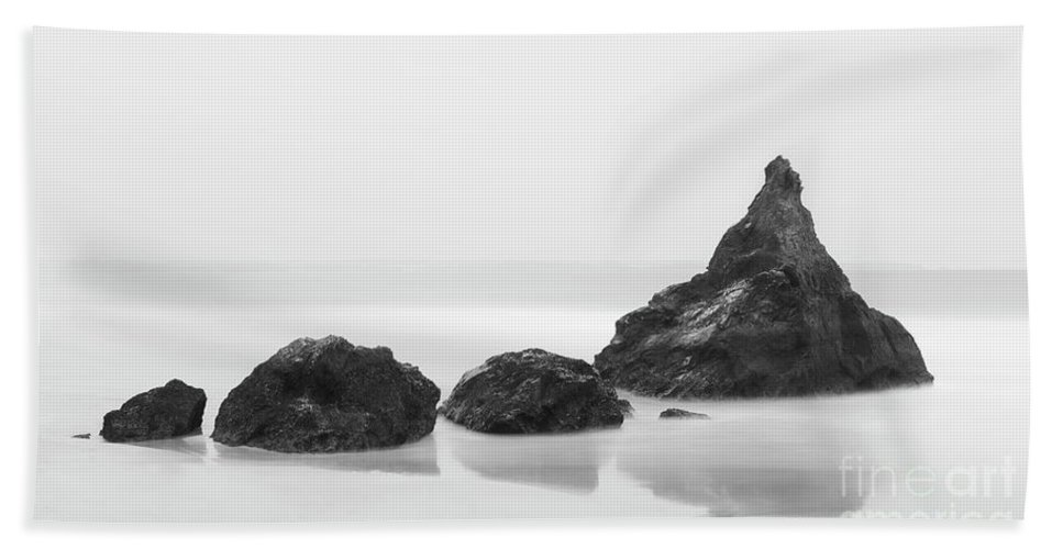 Bedruthan Steps Hand Towel featuring the photograph Bethruthan Steps Isolated by Tony Higginson