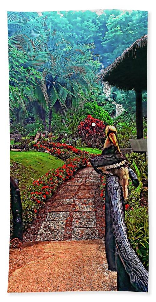Jungle Hand Towel featuring the photograph Big Bird by Steve Harrington
