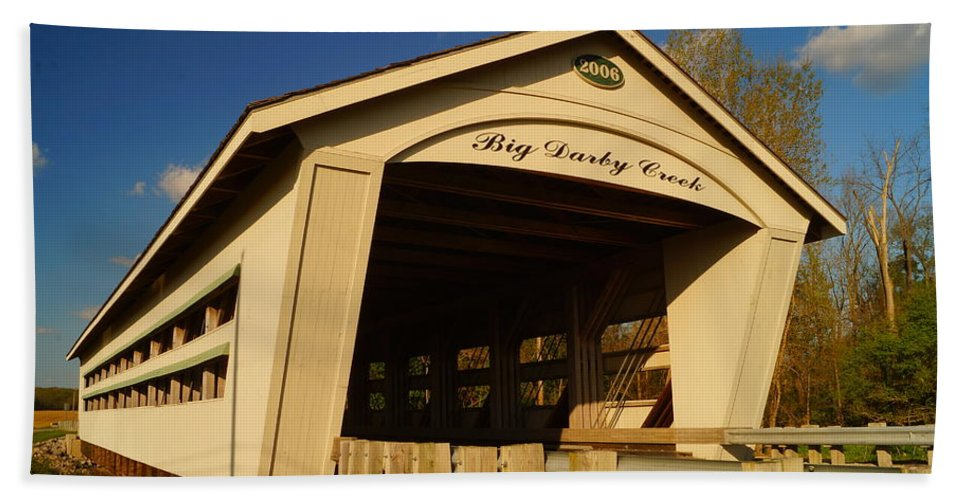 Big Darby Creek Bath Sheet featuring the photograph Big Darby Creek Covered Bridge by Beth Collins