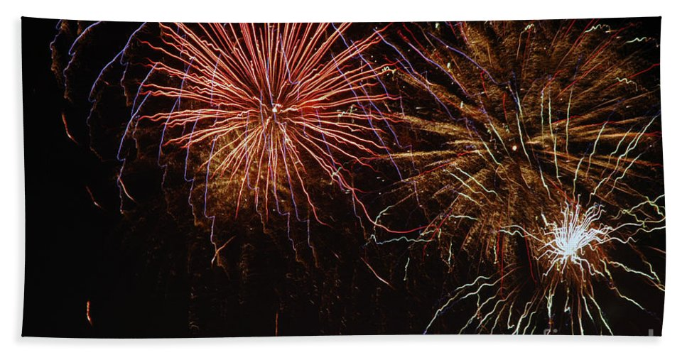 Fireworks Hand Towel featuring the photograph Big Purst by Norman Andrus