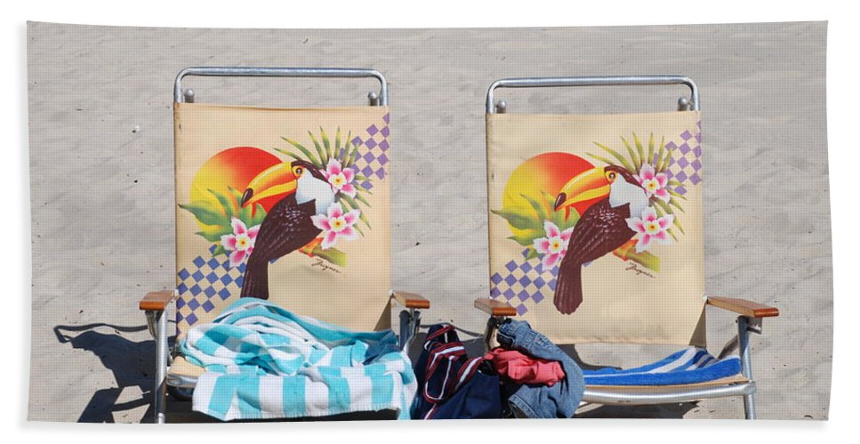 Chairs Hand Towel featuring the photograph Bird Chairs by Rob Hans
