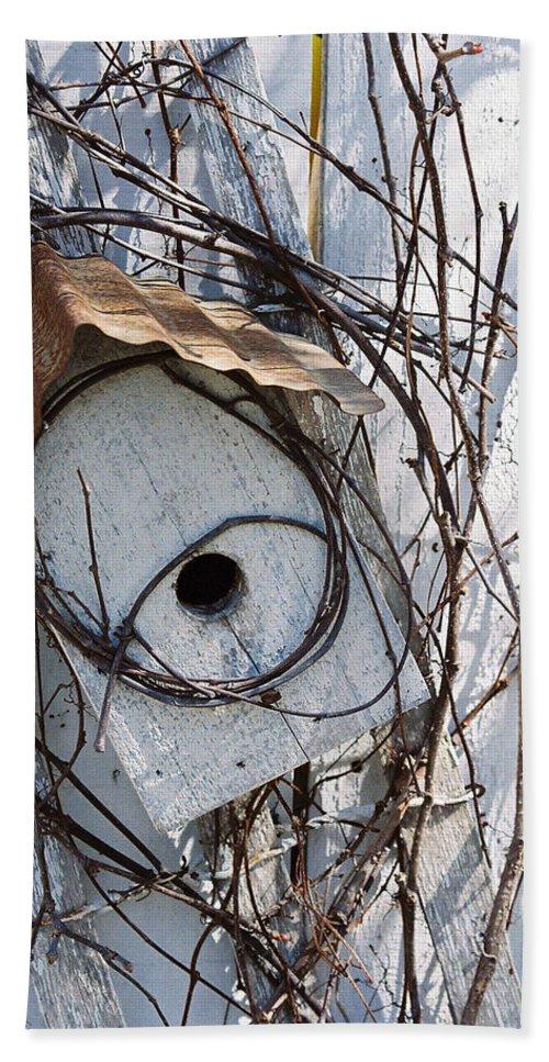 Birdhouse Bath Sheet featuring the photograph Birdhouse Brambles by Lauri Novak