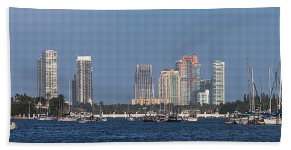 Bay Bath Sheet featuring the photograph Biscayne Bay At Miami Yatch Club by Ed Gleichman