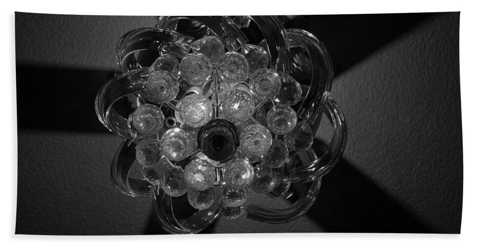 Fan Bath Towel featuring the photograph Black And White Crystal by Rob Hans