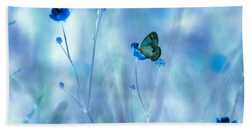 Flowers Bath Towel featuring the photograph Blue Buttercups by Heather Hubbard
