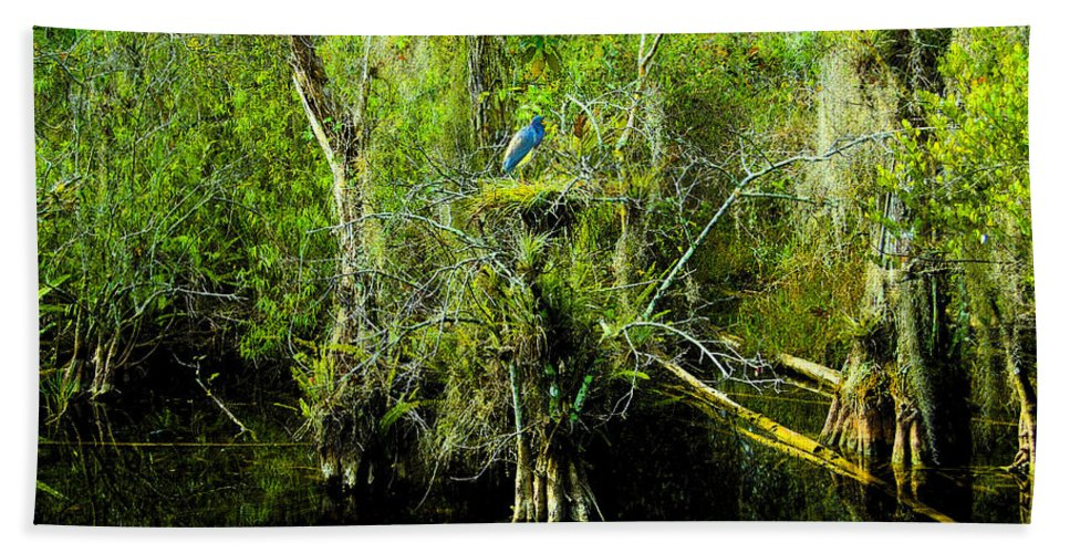 Art Bath Sheet featuring the painting Blue Heron by David Lee Thompson