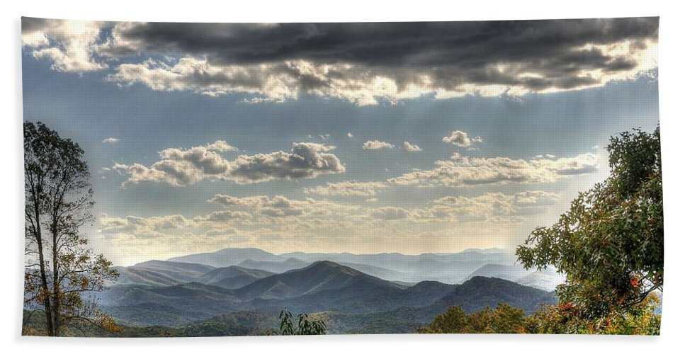 Blue Ridge Parkway Hand Towel featuring the photograph Blue Ridge Parkway, Buena Vista Virginia 1 by Todd Hostetter