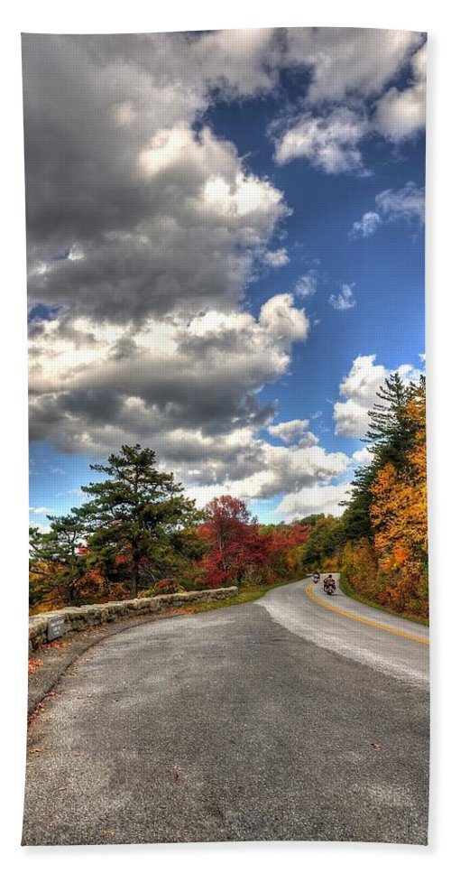 Blue Ridge Parkway Hand Towel featuring the photograph Blue Ridge Parkway, Buena Vista Virginia 4 by Todd Hostetter