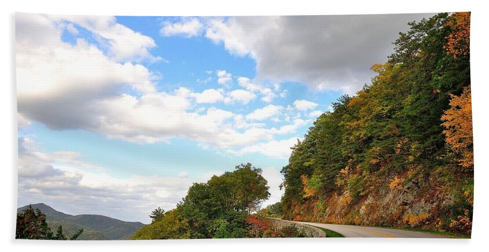 Blue Ridge Parkway Hand Towel featuring the photograph Blue Ridge Parkway, Buena Vista Virginia 6 by Todd Hostetter