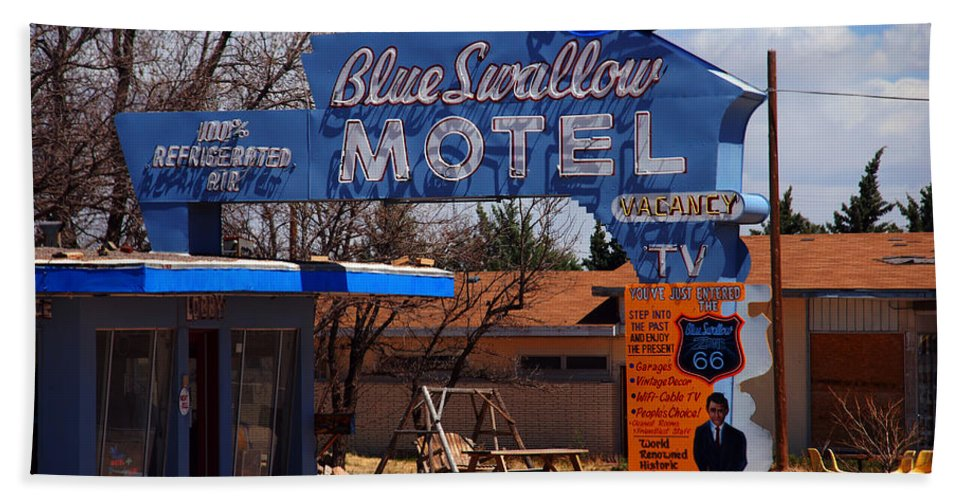 Route 66 Hand Towel featuring the photograph Blue Swallow Motel On Route 66 by Susanne Van Hulst