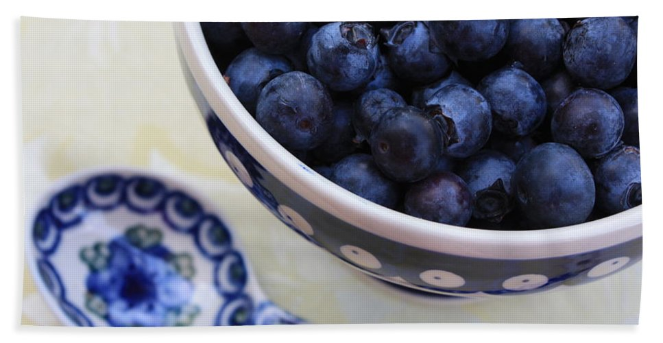 Still Life Of Fruit Bath Towel featuring the photograph Blueberries And Spoon by Carol Groenen