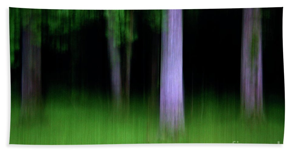 Blurred Bath Sheet featuring the photograph Blurred Trees by Stanton Tubb