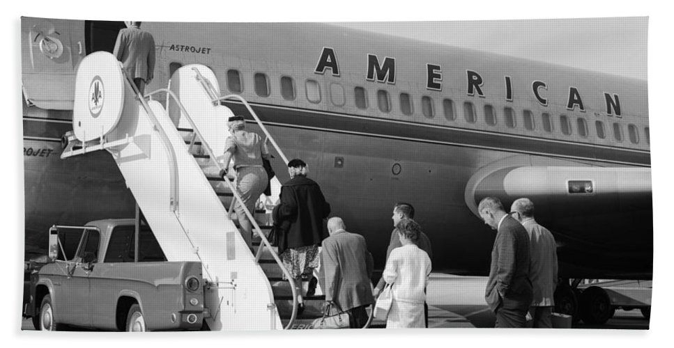 1960s Hand Towel featuring the photograph Boarding American Airlines by H. Armstrong Roberts/ClassicStock