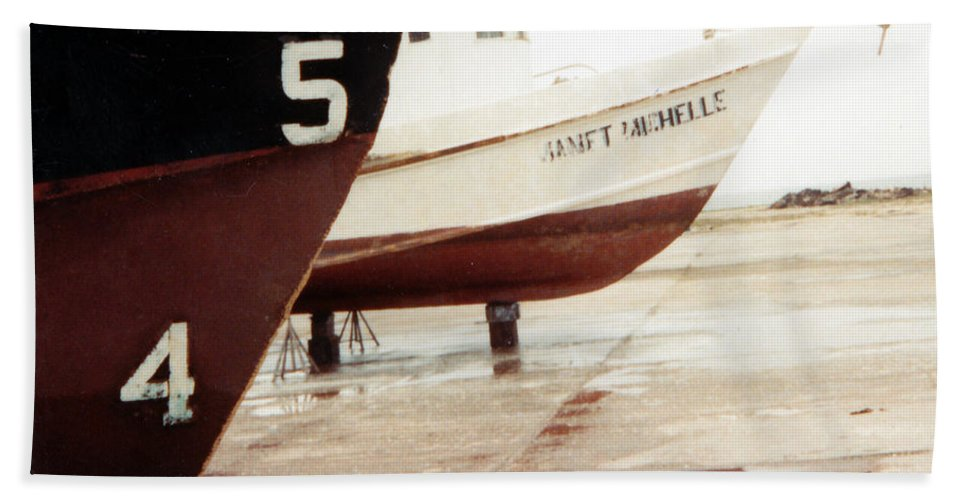 Boat Reflection Bath Towel featuring the photograph Boat Reflection 2 by Cindy New