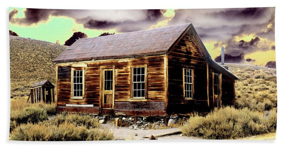 Bodie Bath Sheet featuring the photograph Bodie House by Jim And Emily Bush