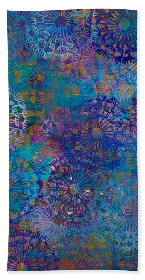 Painting Hand Towel featuring the painting Boho Dandies by Stephanie Berry