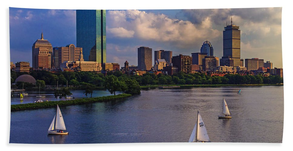 Longfellow Bridge Bath Towel featuring the photograph Boston Skyline by Rick Berk