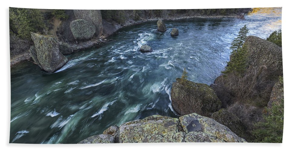 Spokane Hand Towel featuring the photograph Bowl And Pitcher by Mark Kiver