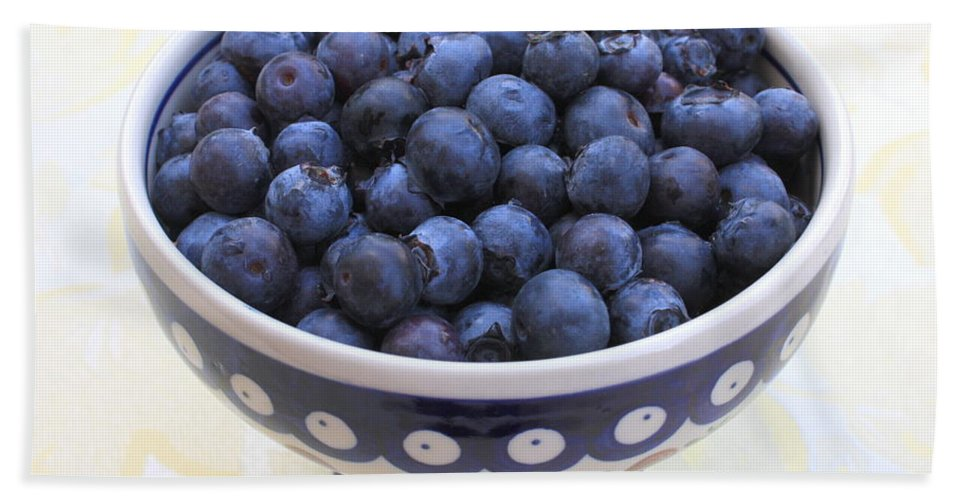 Blueberries Hand Towel featuring the photograph Bowl Of Blueberries by Carol Groenen