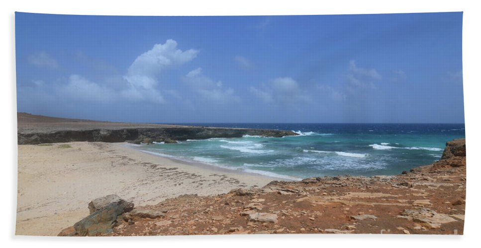 Daimari Bath Sheet featuring the photograph Breathtaking View Of Daimari Beach In Aruba by DejaVu Designs