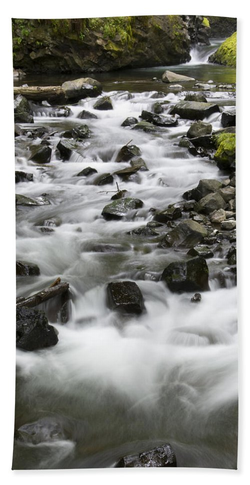 Bridal Veil Falls Hand Towel featuring the photograph Bridal Veil Outflow by John Trax