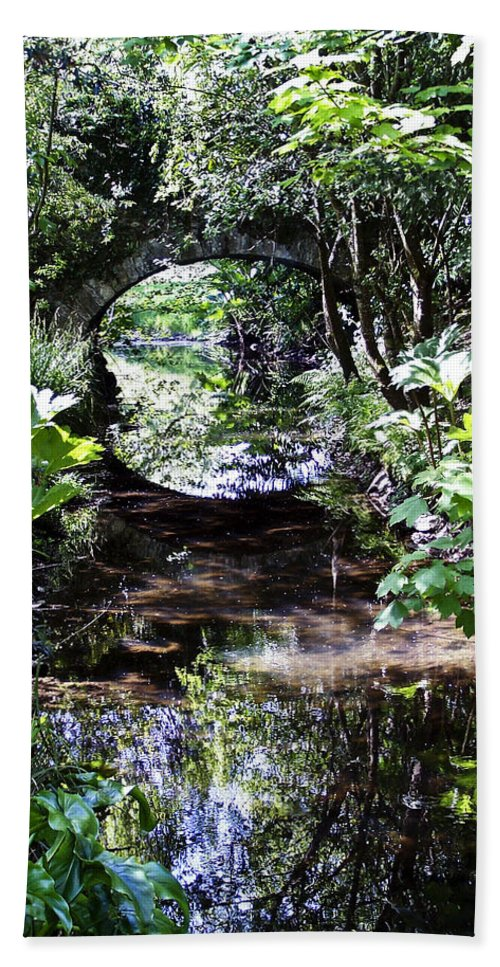 Irish Bath Towel featuring the photograph Bridge Reflection At Blarney Caste Ireland by Teresa Mucha