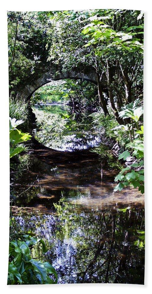 Irish Bath Towel featuring the photograph Bridge Reflection At Blarney Caste Ireland by Teresa Mucha