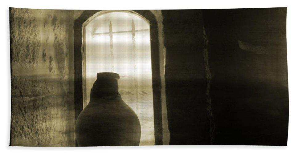Jar Hand Towel featuring the photograph Broken Heart by Munir Alawi