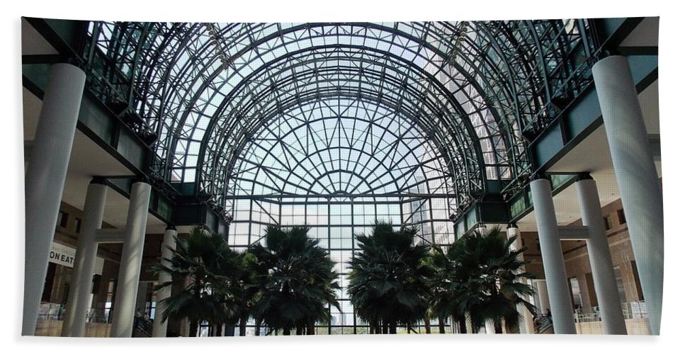 Atrium Hand Towel featuring the photograph Brookfield Place Atrium 1 by Nina Kindred