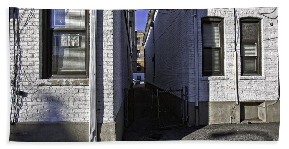 Alley Hand Towel featuring the photograph Brooklyn Alleyway by Madeline Ellis