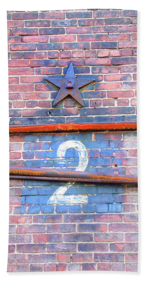 Brick Wall Hand Towel featuring the photograph Brooklyn Star #2 by Jerry Griffin