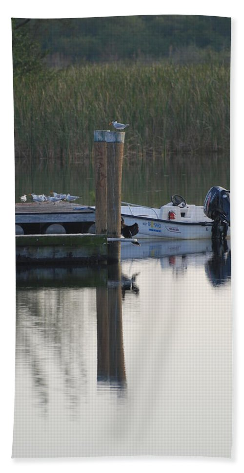 Water Hand Towel featuring the photograph Broward Boat by Rob Hans