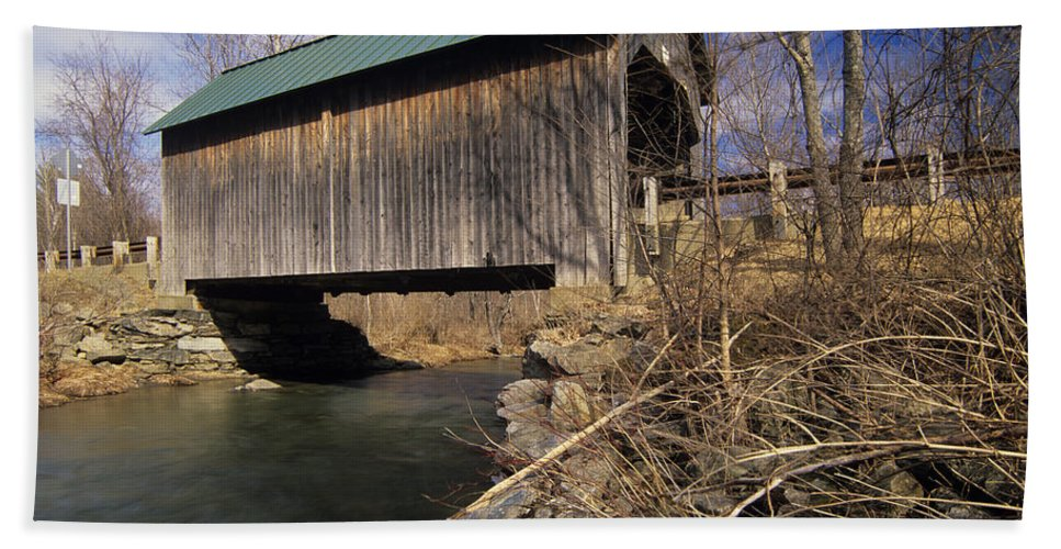 Bridge Bath Towel featuring the photograph Brownsville Covered Bridge - Brownsville Vermont by Erin Paul Donovan