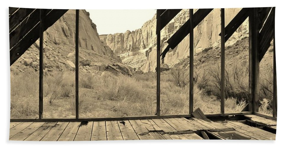 Muddy Creek Hand Towel featuring the photograph Bunkhouse View 5 by Tonya Hance