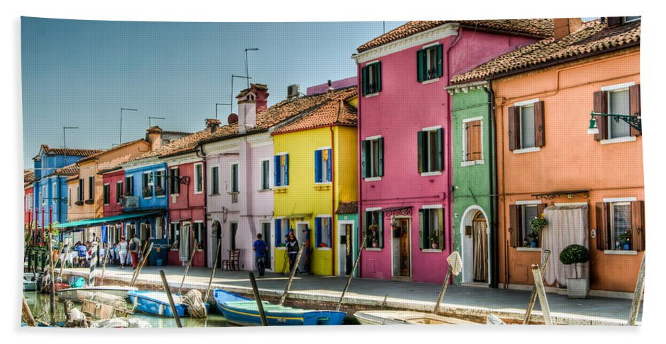 Burano Hand Towel featuring the photograph Burano Canal by Jon Berghoff