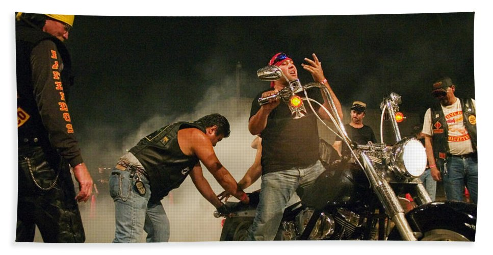 Biker Bath Towel featuring the photograph Burn Out by Skip Hunt