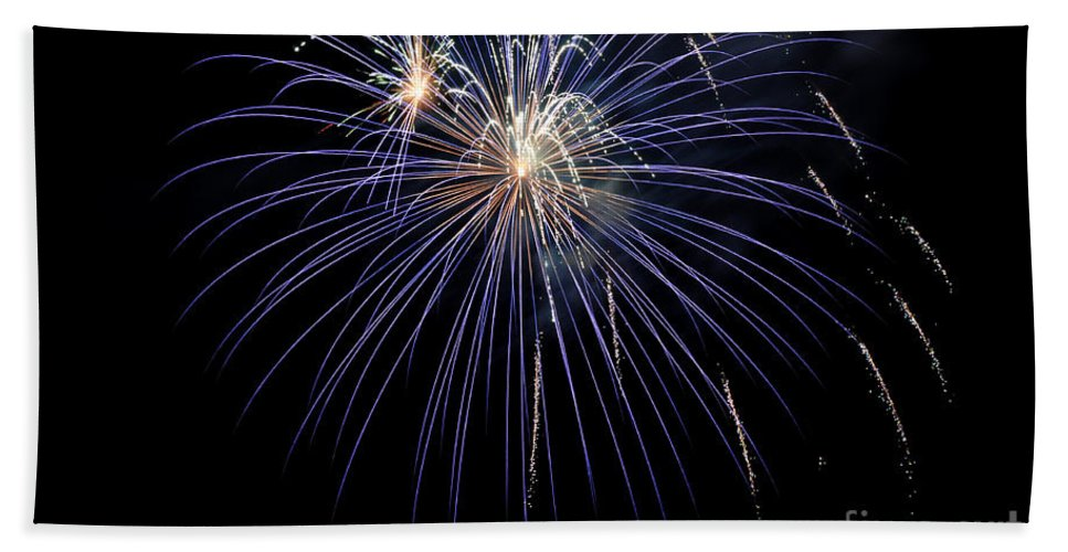 Clay Bath Towel featuring the photograph Burst by Clayton Bruster