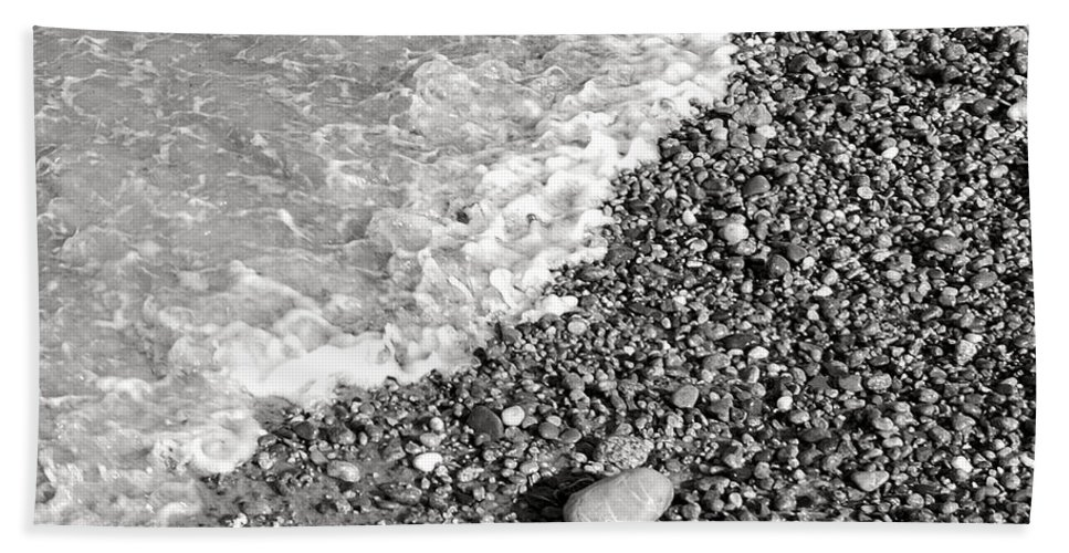 Sand Hand Towel featuring the photograph Bw2 by Charles Harden
