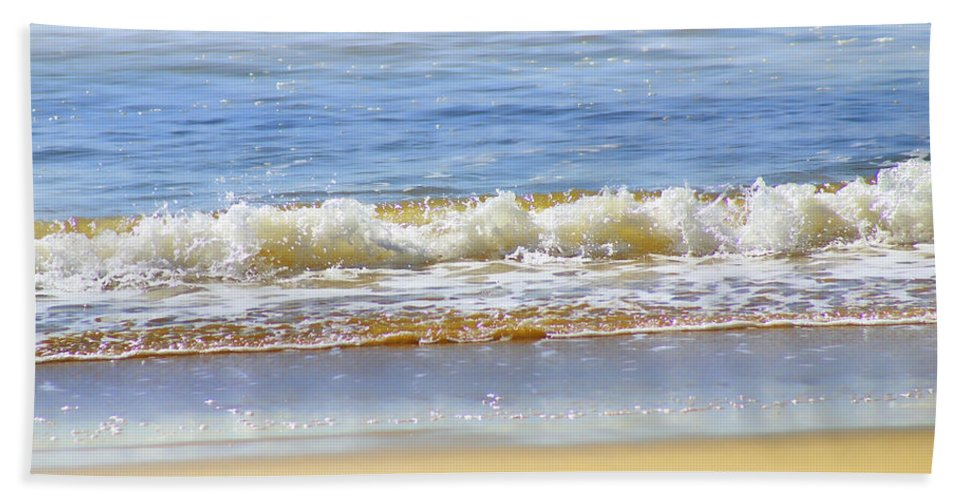 Seascapes Bath Sheet featuring the photograph By The Coral Sea by Holly Kempe