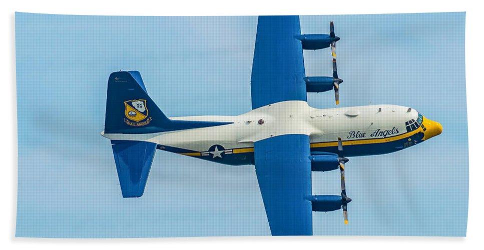 Air Hand Towel featuring the photograph C-130 Fat Albert by Nick Zelinsky