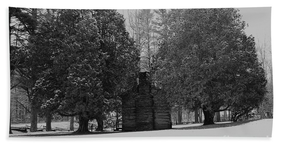 Snow Hand Towel featuring the photograph Cabin Between The Cedars by Eric Liller