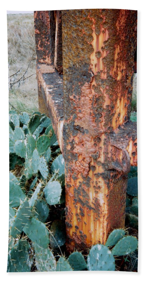Cactus Rust Pitted Hand Towel featuring the photograph Cactus And Rust by Cindy New