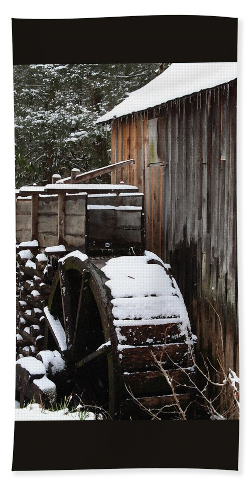 Great Smoky Mountains Hand Towel featuring the photograph Cades Cove Mill I by Margie Wildblood