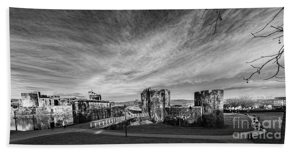 Caerphilly Castle Hand Towel featuring the photograph Caerphilly Castle Panorama Mono by Steve Purnell