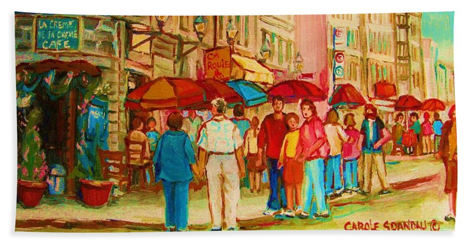 Cafe Scenes Bath Towel featuring the painting Cafe Crowds by Carole Spandau